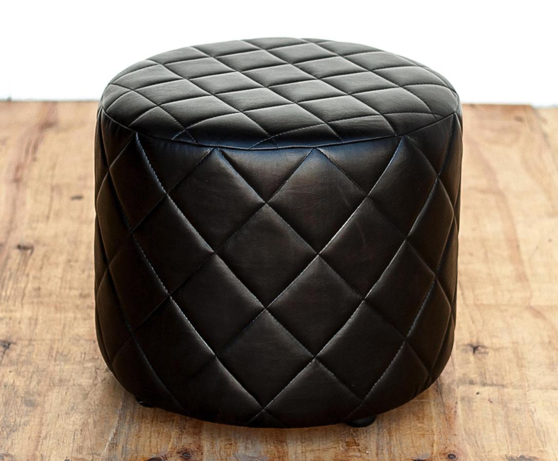 Quilted Round Ottoman In And Out Sa
